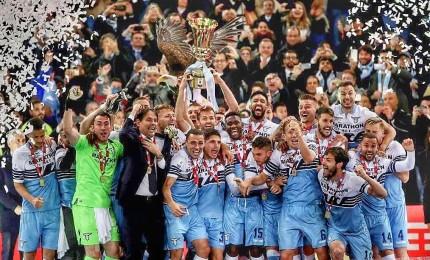 La Lazio vince la Coppa Italia, Atalanta battuta 2-0. La mano di Bastos guasta la festa
