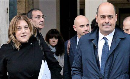 Assemblea umbra respinge dimissioni Marini, anche col suo voto. Imbarazzo Pd