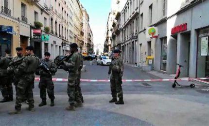 Esplosione a Lione, è un pacco bomba: almeno 8 i feriti