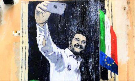 """Tvboy colpisce ancora, Salvini e """"La dittatura del selfie"""""""