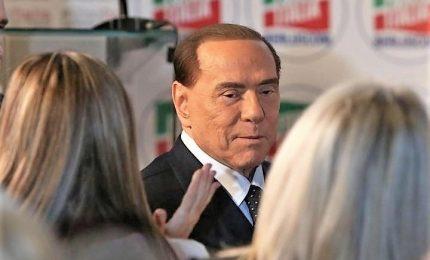 Forza Italia, via libera a congresso in autunno. Berlusconi, il governo cadrà