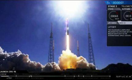 Lancio riuscito per capsula Dragon 1 della SpaceX