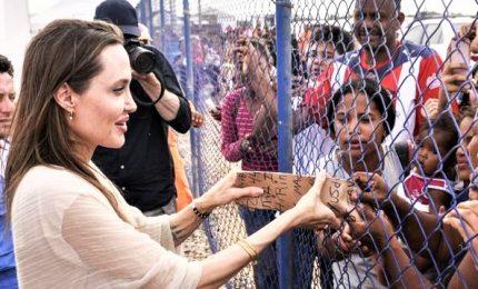 Angelina Jolie in visita alla frontiera tra Colombia e Venezuela