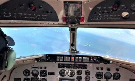 D-day, il sorvolo degli aerei storici visto dal cockpit