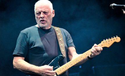 David Gilmour dei Pink Floyd mette all'asta 120 chitarre