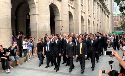 Hong Kong, rinviata la discussione della legge sull'estradizione