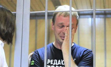 'Siamo Golunov', l'arresto del reporter indigna i russi. Pressing sul Cremlino