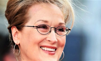 Meryl Streep compie 70 anni, sui social messaggi d'affetto