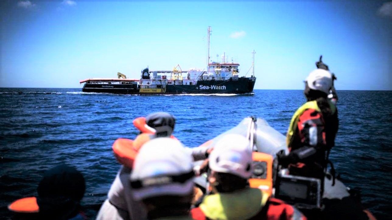 Viminale autorizza lo sbarco di dieci persone da Sea Watch