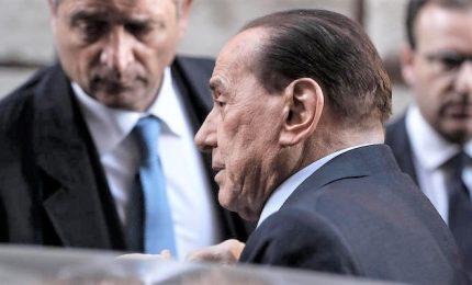 """Berlusconi: """"""""Sono in atto spregiudicati tatticismi, molto preoccupato"""""""