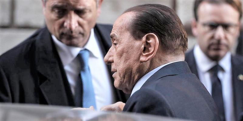 Berlusconi lancia mobilitazione domani 'no Tax day'