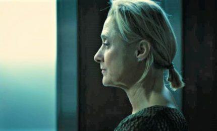 The elevator, thriller psicologico italiano con Caroline Goodall