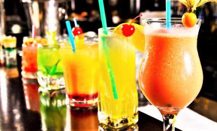 La rivincita della vodka alla frutta: diventa un cocktail da bar