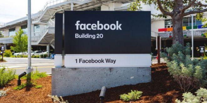 La Silicon Valley nel mirino delle autorità americane, affondano Google e Facebook