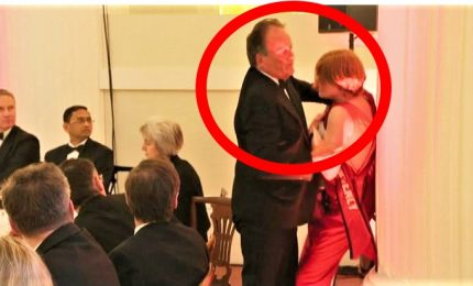 Gb, il sottosegretario Mark Field aggredisce attivista: sospeso