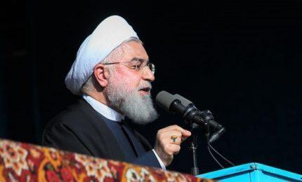 """L'Iran sfida Trump, abbandoneremo accordo. Usa, arricchimento uranio è """"ricatto nucleare"""""""