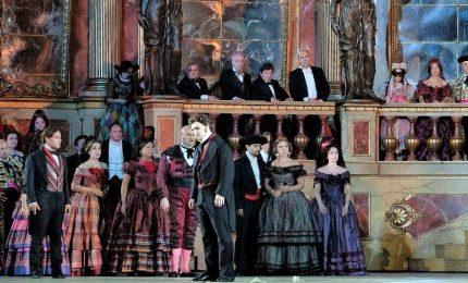 Mattarella all'Arena di Verona per la Traviata firmata Zeffirelli