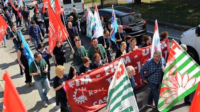 Coronavirus, stop agli scioperi fino al 30 aprile