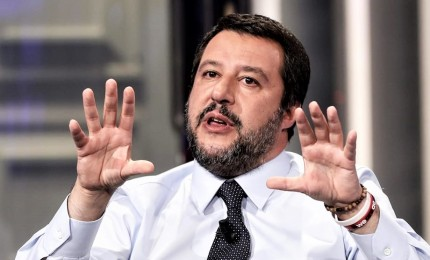 Mandare a casa il Conte 2 e portare Draghi al Quirinale, le mosse del Capitano