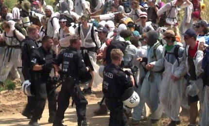 Blitz di ambientalisti tedeschi alla miniera di Garzweiler