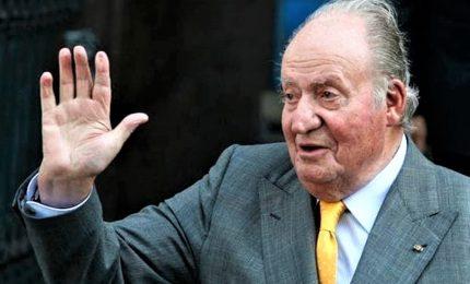 L'ex re Juan Carlos si ritira a vita privata