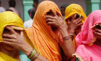 Bambina di due anni uccisa per un debito, India sotto shock