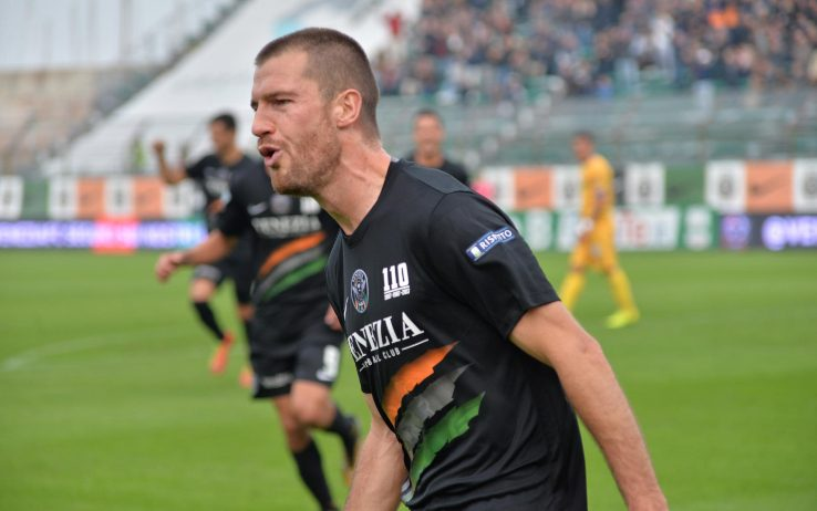 Venezia ko ai rigori, Salernitana resta in Serie B