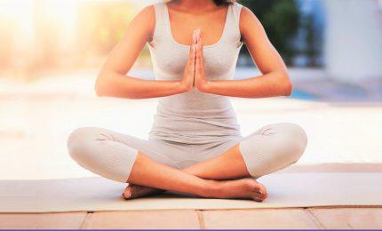 Yoga day il 21 giugno, sui social la pratica del premier indiano