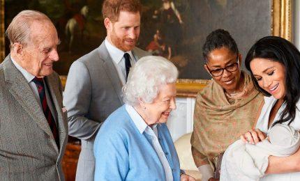 Oggi il battesimo di Archie, ma la regina non ci sarà