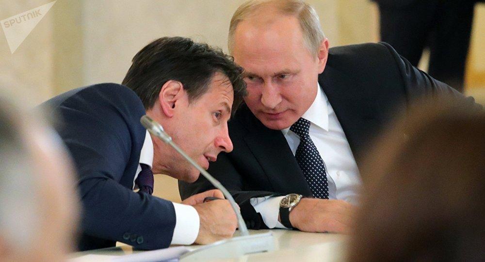 Libia su tavolo Putin-Conte, serve imporre cessate il fuoco. Premier, a rischio pure infrastrutture energetiche