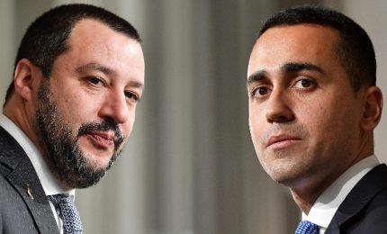 """Salvini """"vedremo"""" ma per Di Maio """"frittata è fatta"""", continua lo psicodramma gialloverde"""