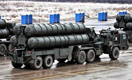 Turchia sfida gli Usa e riceve la prima consegna di missili S-400 dalla Russia