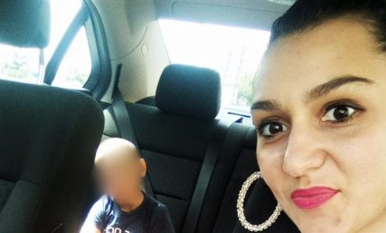 Travolta da auto, muore giovane donna nel ragusano