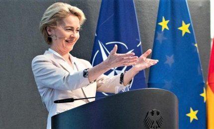 Von der Leyen a Bruxelles, la presidente designata della Commissione tesse tela voto
