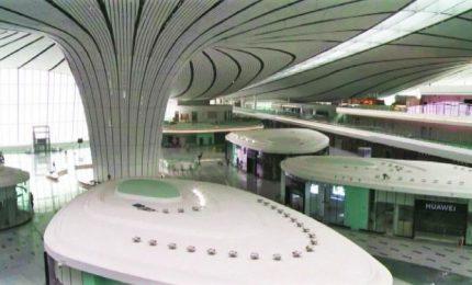 L'aeroporto di Pechino disegnato da Zaha Hadid è pronto