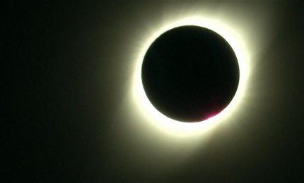 Eclisse totale di Sole in Cile, le immagini mozzafiato dell'Eso