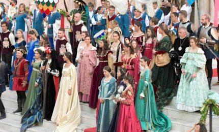 Giostra Cavalleresca di Sulmona, Simona Ventura regina d'Aragona