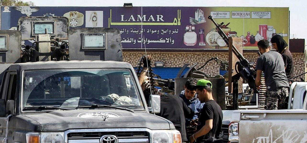Libia, medici e infermieri morti in raid aereo di Haftar su ospedale da campo a sud di Tripoli