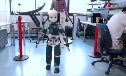 Intelligenza artificiale per spiegare ai robot cosa hanno visto