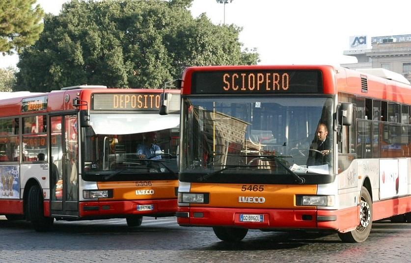 Oggi disagi nei trasporti: sciopero treni, bus, metropolitane