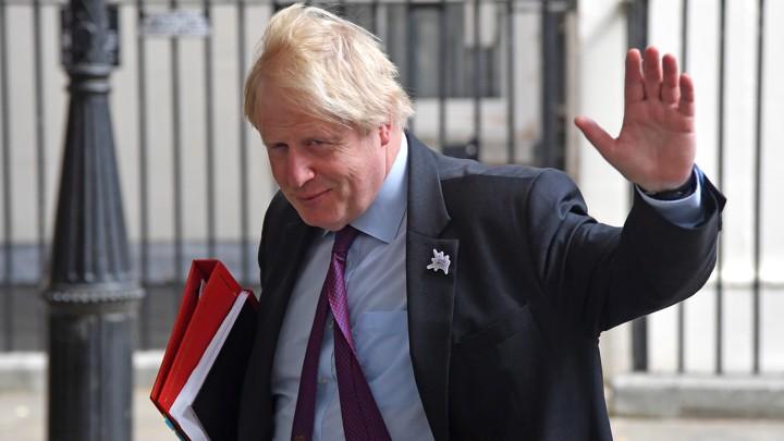"""Exit poll, netta affermazione dei Tories in Gran Bretagna: 368 seggi ai conservatori, 191 ai laburisti. BoJo: """"Siamo la più grande democrazia al mondo"""""""