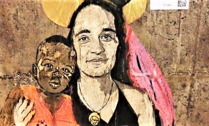 """A Taormina murales di Carola """"protettrice dei rifugiati"""""""