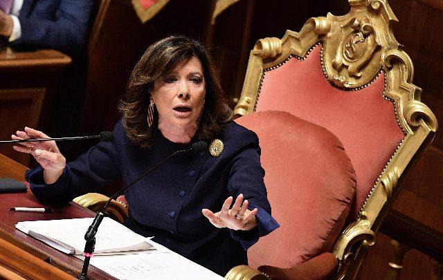 Casellati: basta con Dpcm calati dall'alto. I renziani a fianco della presidente del Senato
