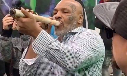 "Mike Tyson: ""Fumo 40 mila dollari di marijuana al mese"""