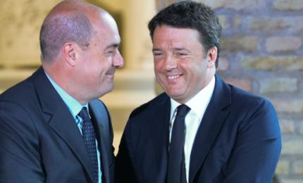 """Pd, Zingaretti chiede unità e apre a Renzi: """"Sei una risorsa"""""""