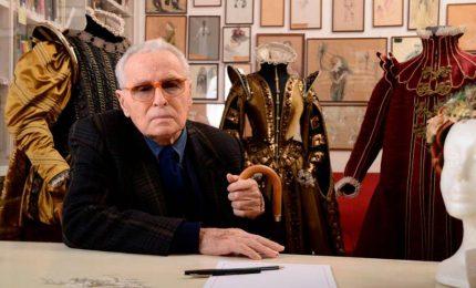 Addio a Piero Tosi, il costume come arte della scena. Aveva 92 anni