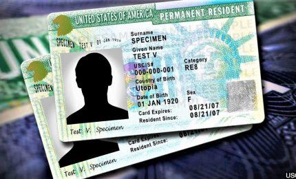 Giro di vite di Trump sulla Green Card, 900mila rischiano permanenza Usa