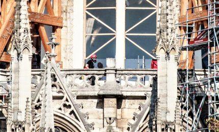 Notre Dame, riprendono lavori di messa in sicurezza dopo il rogo