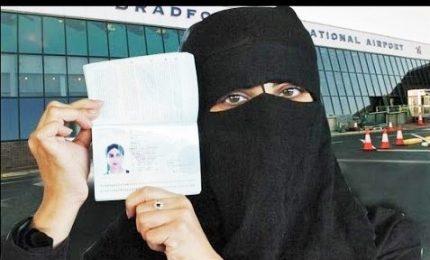 Arabia Saudita, sì al passaporto alle donne e ai viaggi da sole