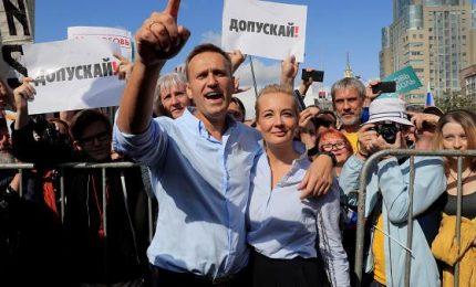 Da Mosca parte la sfida per il Cremlino, il partito di Putin perde un terzo dei seggi